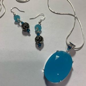 Necklace and Earrings. Blue Calcedony